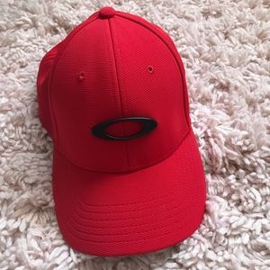 Red Oakley Fitted Hat S/M